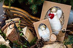 Dekorácie - Vianočný anjelik v darčekovom balení - veľký - 11017136_