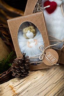 Dekorácie - Mini anjelik v darčekovom balení - 11017174_