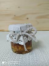 Darčekový med - čistý medík aj orechy v mede