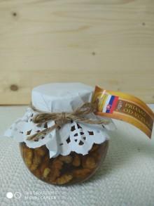 Potraviny - Orechy v lesnom mede - 11018599_