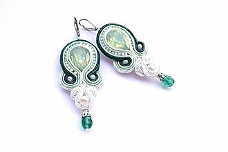 Náušnice - Zelené opály - šujtášové náušnice - 11018026_