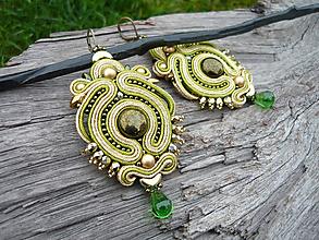 Náušnice - Soutache náušnice Luxury Orient zlato-zelené - 11021109_