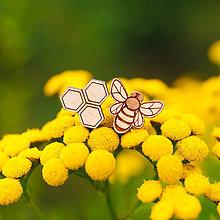Náušnice - včela s plástom ~ napichovačky - 11020604_