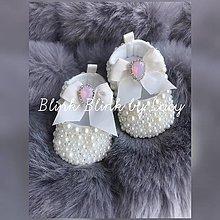 Topánočky - Perličkové capačky pre malú princeznú:) - 11019267_