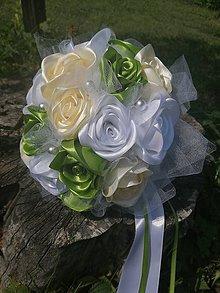 Kytice pre nevestu - Zelená kytička z ruží - 11020053_