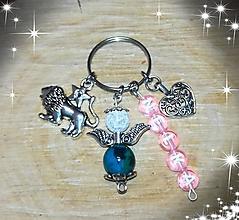 Iné šperky - Prívesok kľúčenka pre leva podla znamenia na kluče alebo tašku anjelik je z chryzokolu a kryštálu  privesky aj kamene m - 11021664_