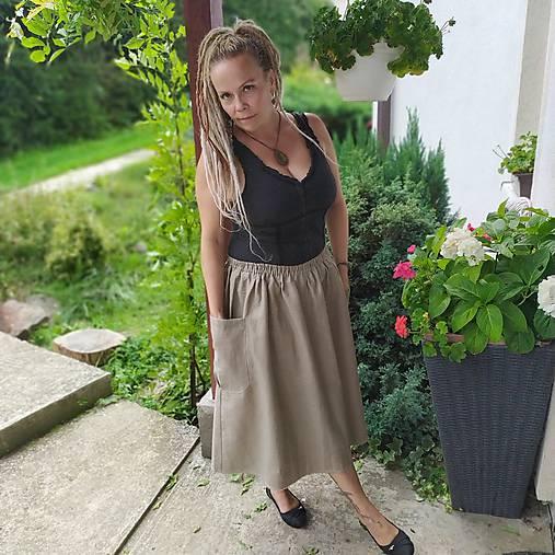 Ľanová sukňa s vreckami