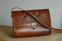 Kabelky - Kožená kabelka BOJANA •Čičmany• - 11023634_