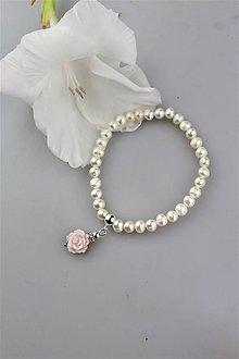 Náramky - perlový náramok s kvietkom - 11025433_