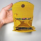 Peňaženky - Peňaženka Barborka - kvietky, bodky, žltá - 11025815_