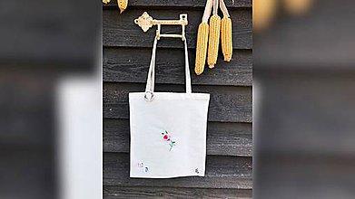 Iné tašky - ♥ Plátená, ručne vyšívaná taška ♥ - 11024394_