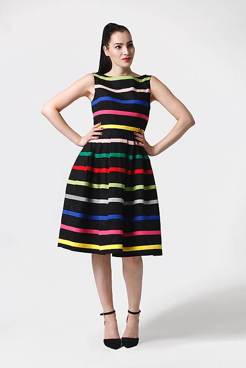Šaty - Šaty čierne s farebnými pásikmi - 11028130_