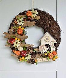 Dekorácie - Jesenný veniec s ježkom a domčekom - 11027885_