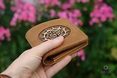Peňaženky - Menšia kožená peňaženka IX. - 11027861_
