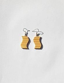 Náušnice - Drevené náušnice - Smrekové vlnky - 11025980_