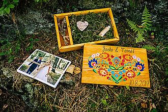 Krabičky - Svadobná drevená krabička na fotky s USB, SRDCE - 11026540_