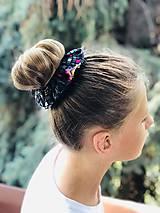 Ozdoby do vlasov - Bavlnená elastická gumička scrunchie black Grid - 11027653_