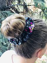 Ozdoby do vlasov - Bavlnená elastická gumička scrunchie black Grid - 11027656_