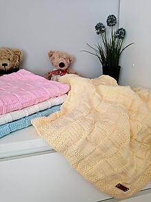 Textil - Ručne pletená detská deka - 11026486_