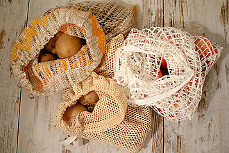 Úžitkový textil - Upcyclové vrecúško k nákupu zdarma - 11026195_
