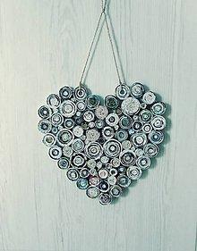 Dekorácie - Papierové srdce (veľké) - zrecyklované zo starých časopisov a novín - 11026492_