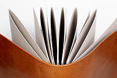 Papiernictvo - Kožená fotokniha Klára - 11026879_