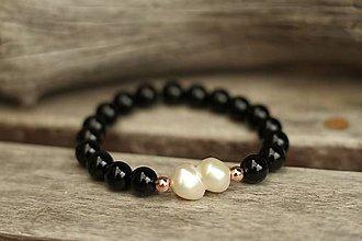 Náramky - Náramok z minerálu s riečnou perlou (Čierna) - 11027602_