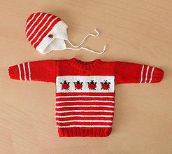 Detské súpravy - Detský dievčenský svetrík s lienkami + čiapočka - 11027419_