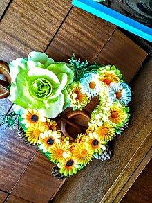 Dekorácie - Kvetinový venček - 11029846_