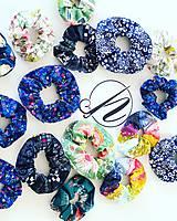 Ozdoby do vlasov - Elastická bavlnená gumička scrunchie color Grid - 11031480_