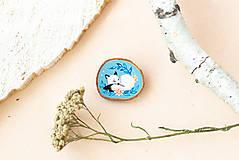 Odznaky/Brošne - Ručně malovaná brož se spící polární liškou - 11032876_
