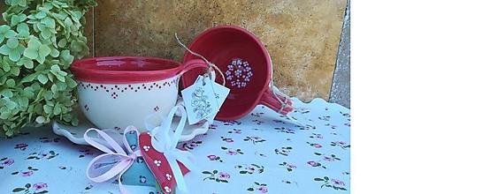 Nádoby - Červená keramická šálka na polievku ,čaj - 11033384_