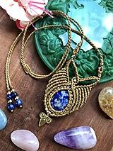 Tribal boho hnedý makramé náhrdelník s lapis lazuli