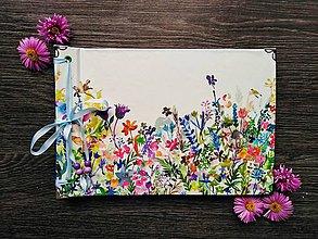 Papiernictvo - Fotoalbum klasický s ilustráciou ,,Lúka plná kvetov,, - 11033550_