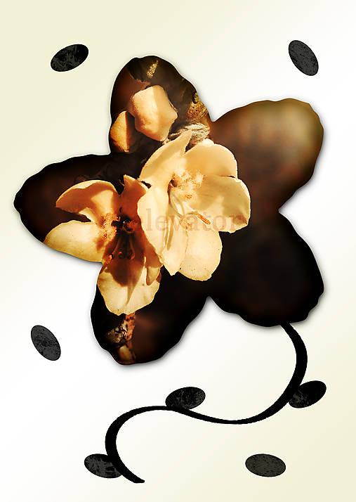 Kvety v kvete (karamelová pena)