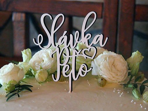 Zápich na svadobnú tortu so srdiečkom