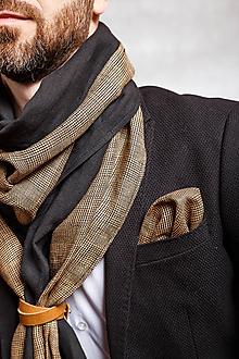 Doplnky - Pánsky exkluzívny ľanový nákrčník s koženým remienkom (Vreckovka do saka) - 11036216_