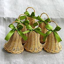 Dekorácie - zvončeky (dub + zelená) - 11037241_