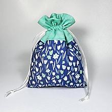 Úžitkový textil - Veselé bavlnené vrecúško (kvietky modré a tyrkys /) - 11043143_