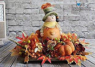 Dekorácie - Jesenná dekorácia s keramickým chlapcom - 11041542_
