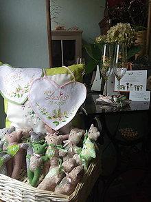 Darčeky pre svadobčanov - svadobné podbradníky - 11042361_