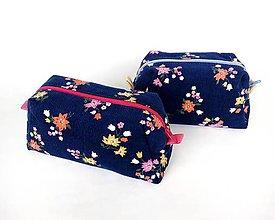 Taštičky - Kvetinková kozmetická taštička - 11044055_