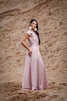 Šaty - Púdrovo ružové krajkové body - 11045954_