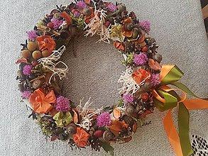Dekorácie - Jesenný veniec na dvere - 11049076_