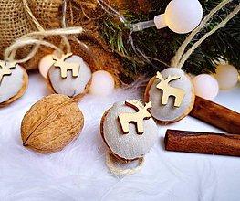 Dekorácie - Vianočné orechy ľanové s jelenčekom - 11047589_