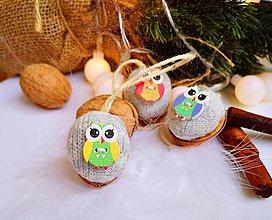 Dekorácie - Vianočné orechy  so sovičkami - 11048164_
