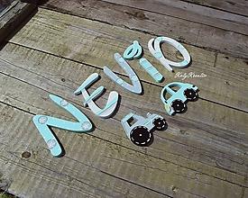 Detské doplnky - NEVIO..drevená menovka - 11050942_