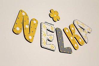 Tabuľky - NELKA žlté meno z drevenných písmeniek - 11053550_