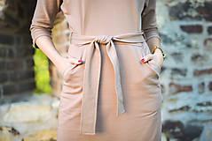 Šaty - Béžové úpletové šaty - 11052767_