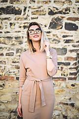 Šaty - Béžové úpletové šaty - 11052774_